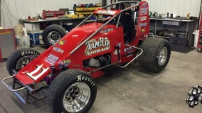 Dave Darland is among those who are in new rides this season, taking over the Jeff Walker Racing #11 for the 2016 USAC AMSOIL Sprint Car National Championship season.