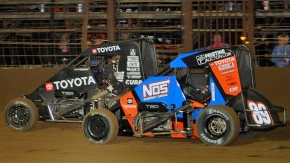 Cannon McIntosh (Black) won the closest finish of the USAC National season over Chris Windom (#89) in the NOS Energy Drink National Midget event on Sept. 4 at Missouri's Sweet Springs Motorsports Complex.