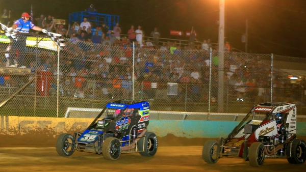 #39BC Zeb Wise beats #24 Kyle Larson to the line by a half car length to win Wednesday's Pennsylvania Midget Week feature at Action Track USA.