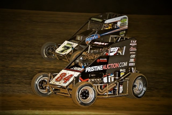 #84 Chad Boat and Tyler Courtney battle for position at Bloomington Speedway.