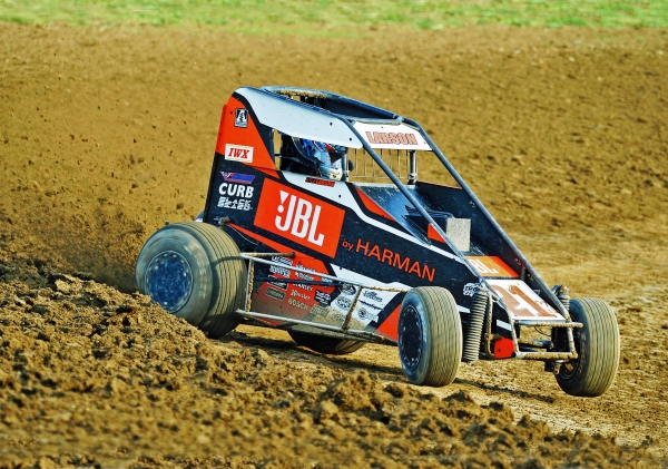 Kyle Larson, seen here during the 2018 Indiana Midget Week opener.
