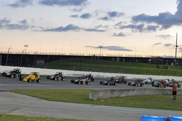 "Tracy Hines leads the field to green for Saturday's ""Rich Vogler Classic"""