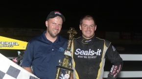 Winner Seth Carlson (right).