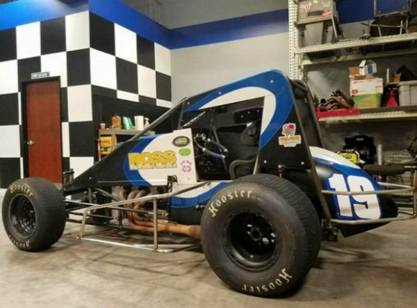 The Reinbold/Underwood No. 19 set to be wheeled by Thomas Meseraull on Nov. 3-4 at Arizona Speedway and Nov. 9-10-11 at Perris (Calif.) Auto Speedway.