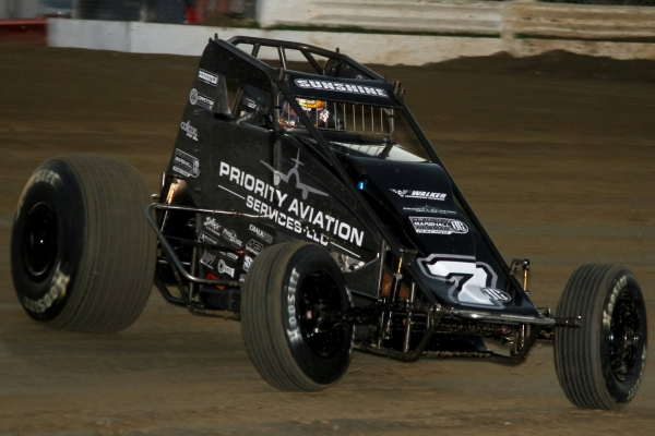 "Tyler Courtney won his second straight USAC AMSOIL Sprint Car National Championship feature Saturday night at Bubba Raceway Park in the ""Winter Dirt Games"" finale."