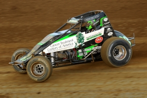 Bryan Clauson in action on Sunday night during round 3 of Indiana Sprint Week at Lawrenceburg Speedway.