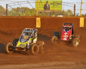 #32 Chase Stockon and #3c Kyle Cummins battle at Kokomo.
