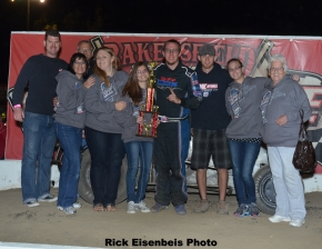 The Ronnie Gardner team celebrates after Saturday's Bakersfield victory.