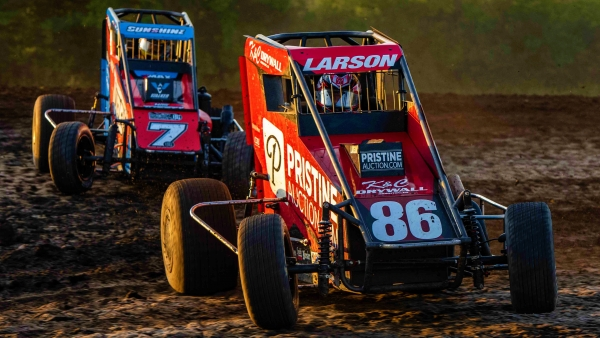 #86 Kyle Larson won his second straight Indiana Midget Week victory of 2020 Wednesday at Gas City I-69 Speedway.